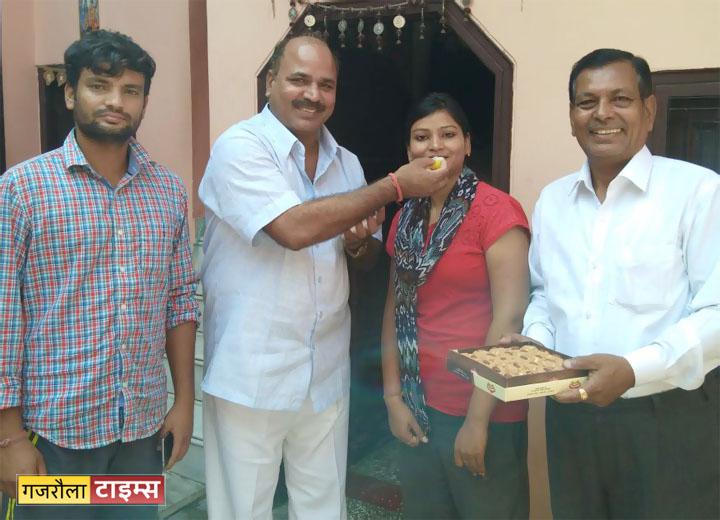 anupriya-kashyap-judge-gajraula1