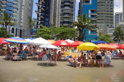 Praia urbana de Balneário Camboriú