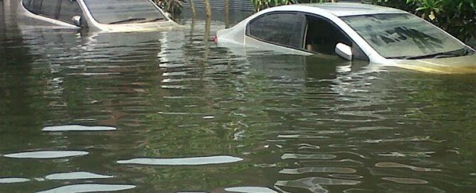 Pertolongan Pertama pada Mobil yang Terendam Banjir