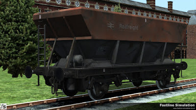 Fastline Simulation: A conversion of a Railfrieght flame red and grey liveried HEA coal hopper into an HSA scrap wagon. THe patch-painted increase to the tare weight tells us that the conversion was acheived by filling the hopper bottoms with ballast to create a level surface. The body is already starting to show signs of scrapes and batters from unloading with grabs and magnets.
