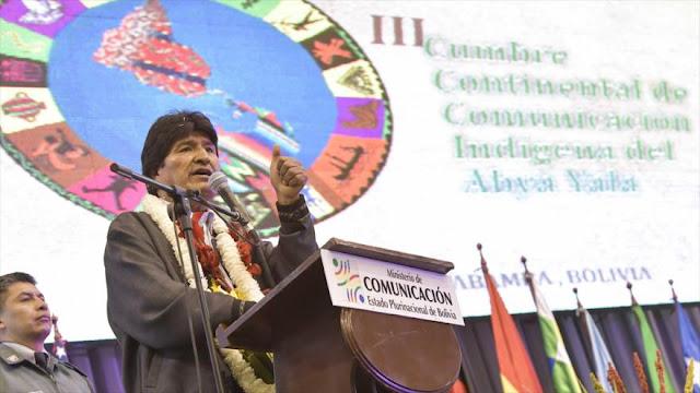 Morales llama a luchar contra medios de comunicación hegemónicos