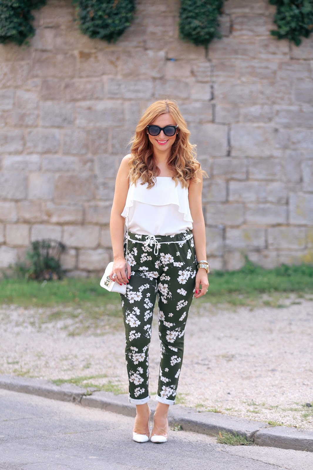 Blogger-outfit-was-ziehen-blogger-an-fashionstylebyjohanna-deutsche-fashionblogger-Jogger-pant