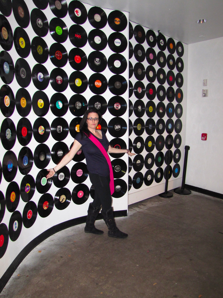 How to recycle wall art ideas on a budget for Recycled wall art ideas