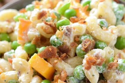 Quick, Easy, And creamy Bacon Ranch Pasta Salad