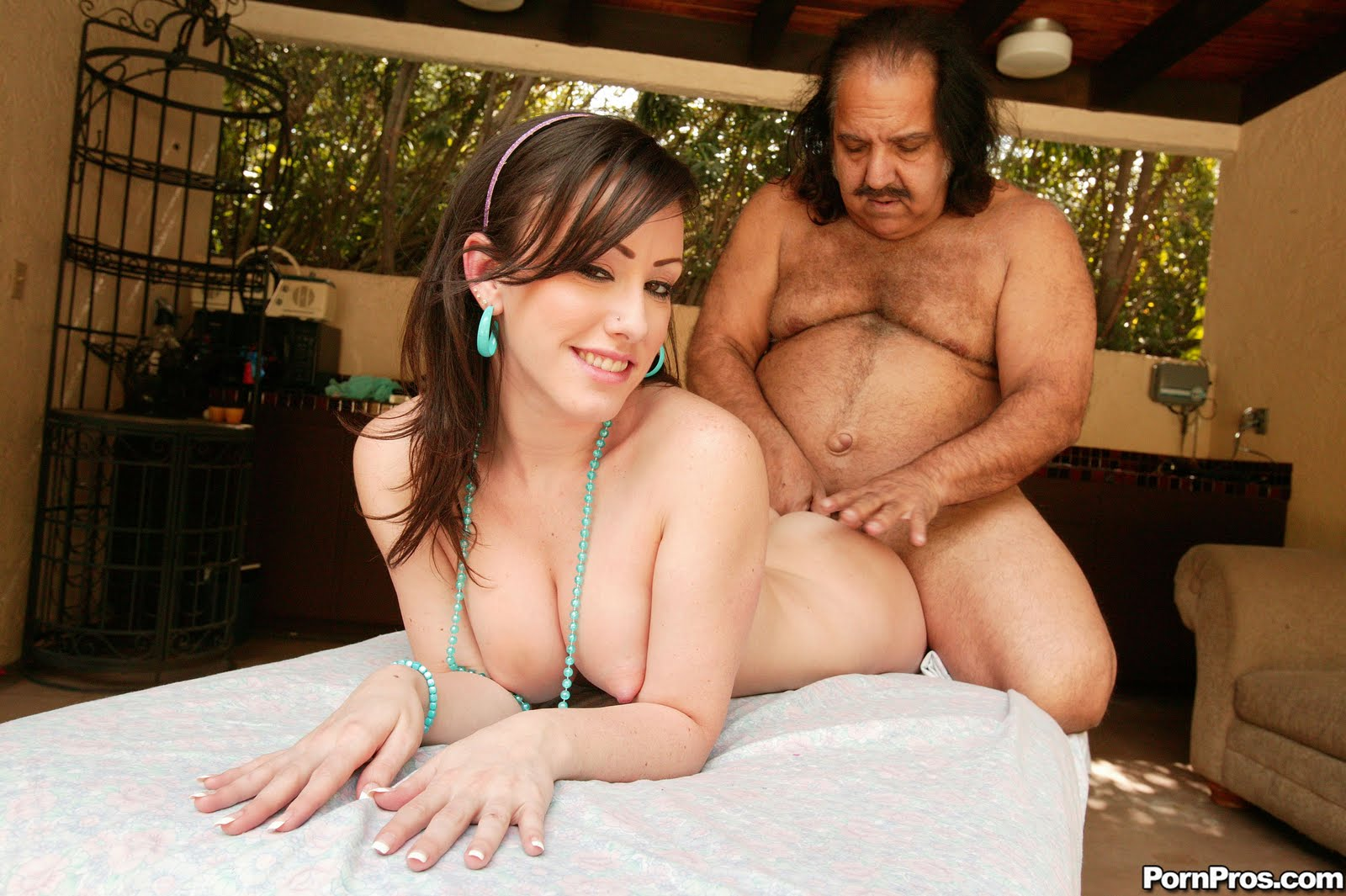 Ron jeremy in xxx latinas — photo 7