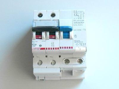 Montare un salvavita nell 39 impianto elettrico di casa - Impianto elettrico di casa ...