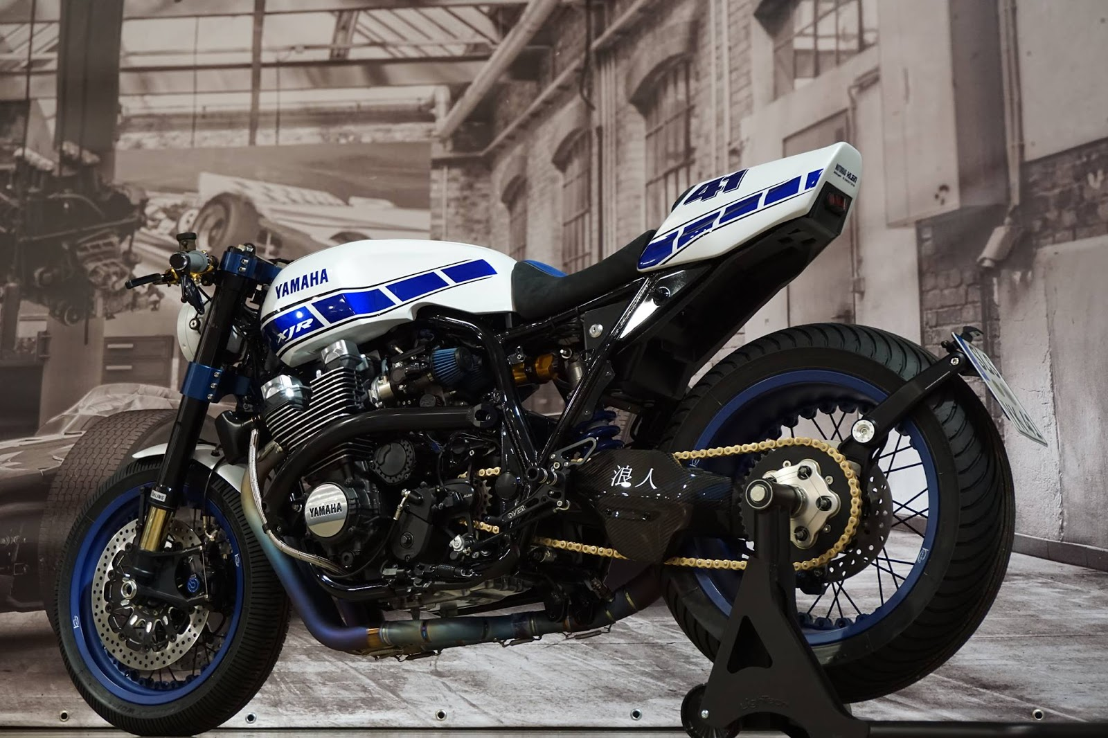 racing caf yamaha xjr 1300 yard built 2016 by yamaha klein. Black Bedroom Furniture Sets. Home Design Ideas