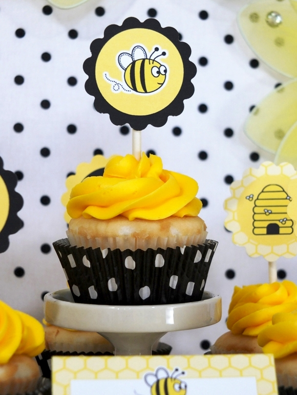 Honey Bee Birthday Party Desserts Table - via BirdsParty.com