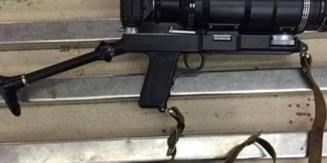 ضبط سلاح ناري علي شكل كاميرا يستخدم في الاغتيالات بمطار القاهرة