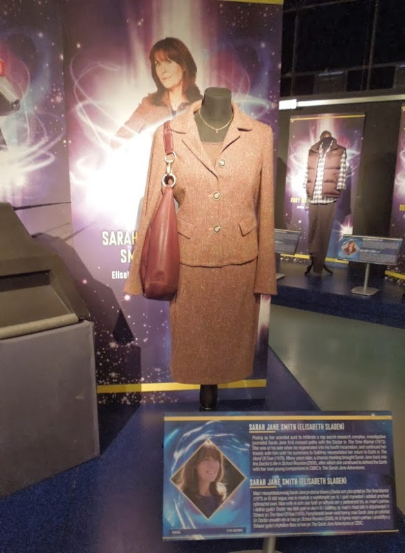 Doctor Who Elisabeth Sladen Sarah Jane Smith costume