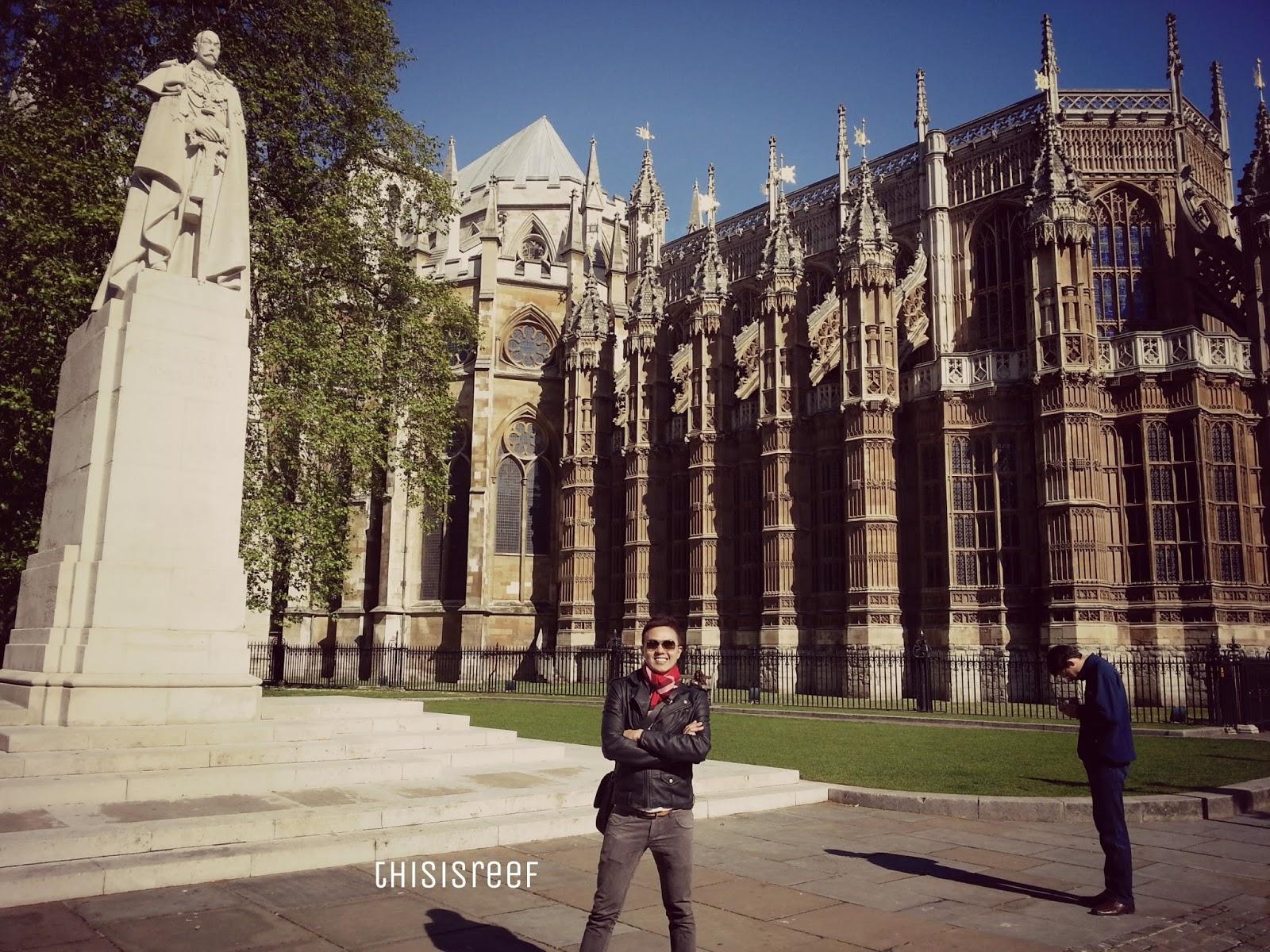 backpack, backpacker, bajet, big ben, London, notting hill, portobello market, throwback, travel, traveller, uk,