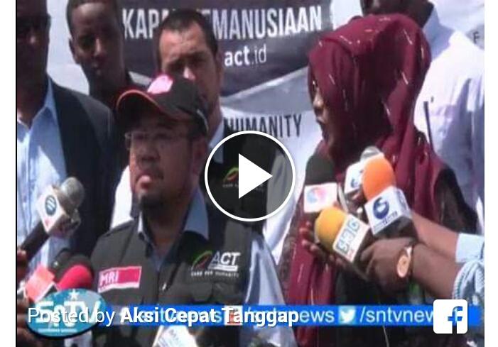 Malunya Pemerintah Ketika TV Somalia pun Memberitakan Bantuan Beras Datang dari ACT Indonesia