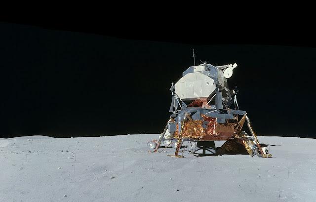 Аполло́н-16 Лунный модуль 2