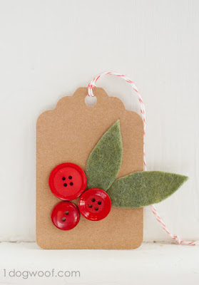http://www.1dogwoof.com/homemade-christmas-gift-tags-day-4-holly-sprigs/