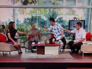 contoh dialog interaktif tv one selamat pagi indonesia