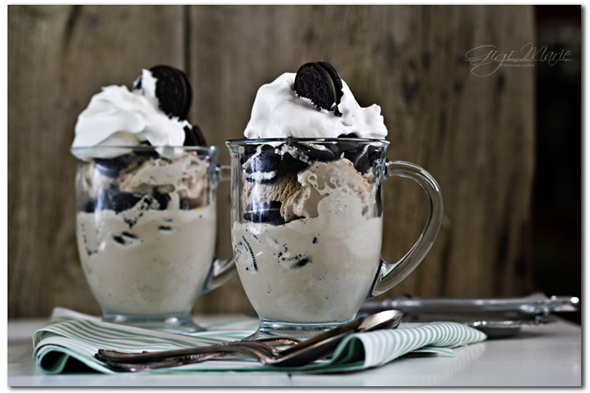 cool whip, coffee ice cream, sundae, oreos