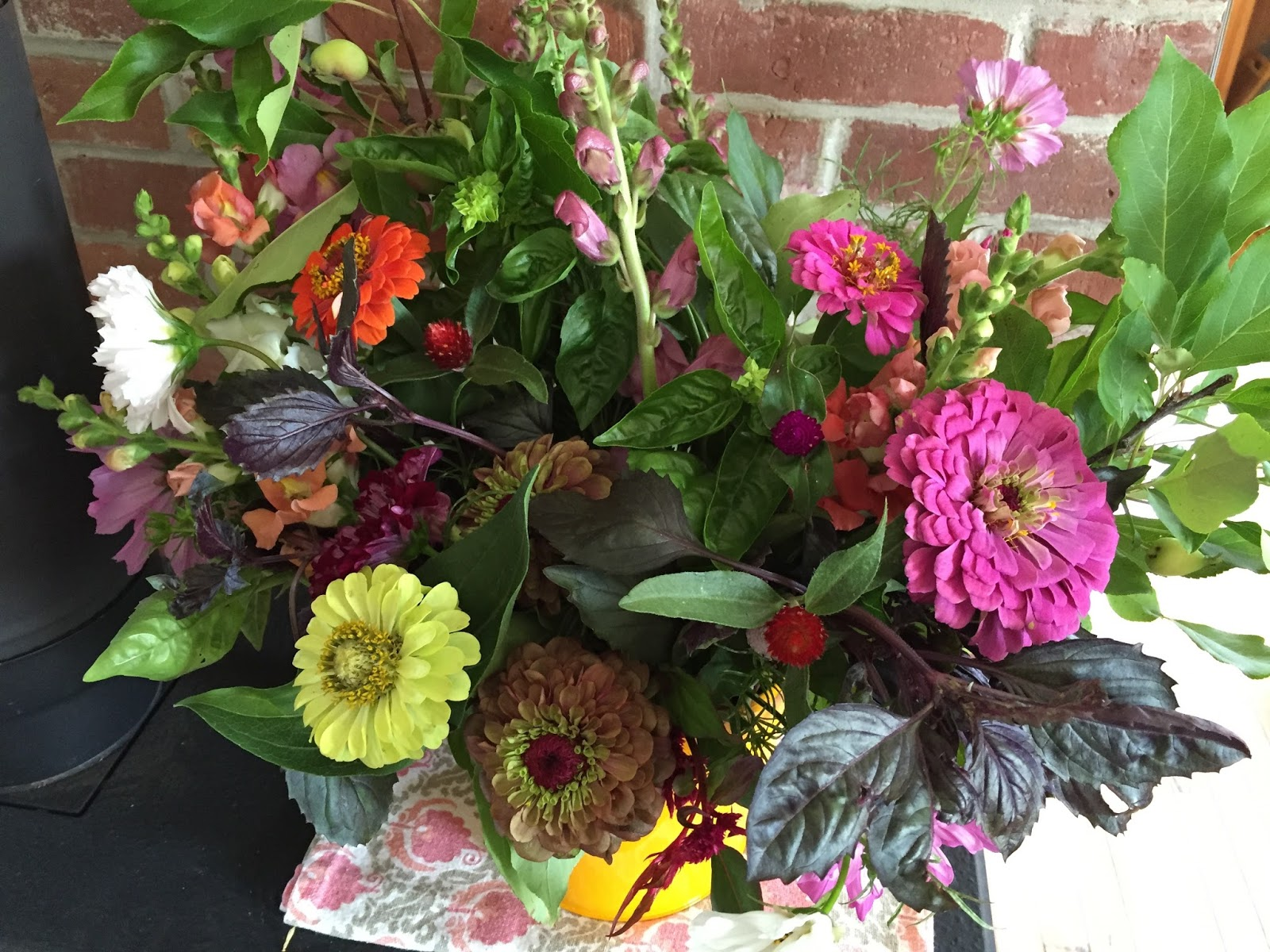 Letters From A Hill Farm Csa Flowers A Birthday And Daylily Season