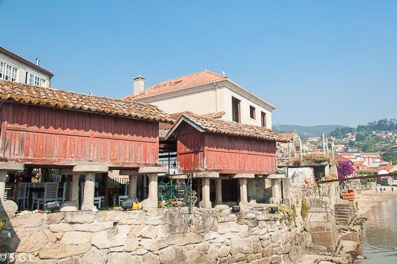 Horreos de Combarro. Visitando Galicia