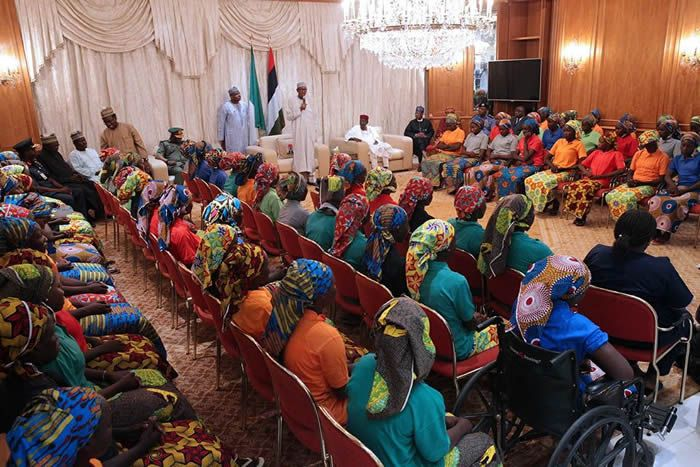 FG meets Chibok reps, sends photos to parents