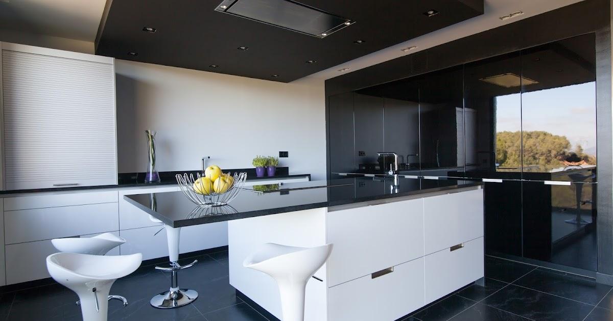 Una cocina con vistas espectaculares a la monta a de for Vistas de cocinas