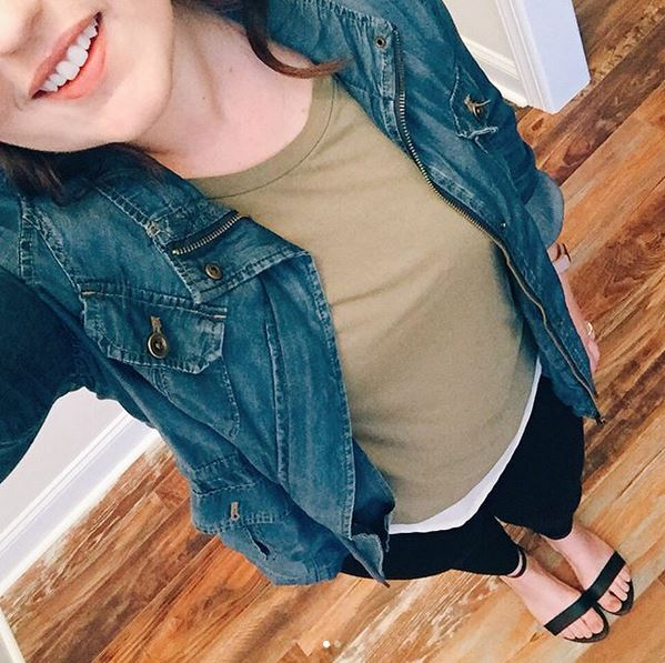 Popular North Carolina style blogger Rebecca Lately shares her updated review of the Cladwell app.  Click here to read how she gets dressed with her app!