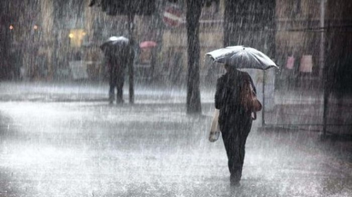 Sudah Masuk Musim Hujan, Tapi Kenapa Cuaca Masih Panas?