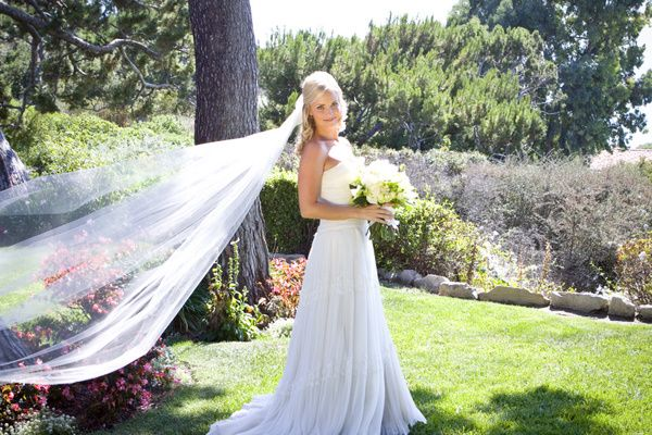 vintage california chic wedding of Oh Lovely Day | Photo by Jennifer Roper, gown by Melissa Sweet