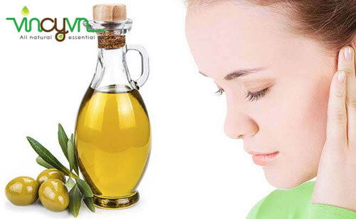 dưỡng da mặt trắng sáng nhờ dầu oliu