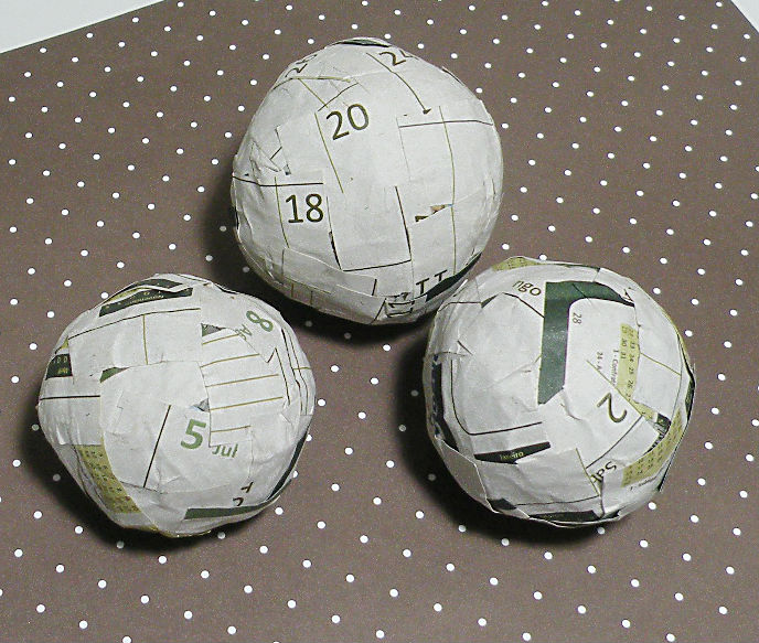 Guache Atelier: bolas decorativas
