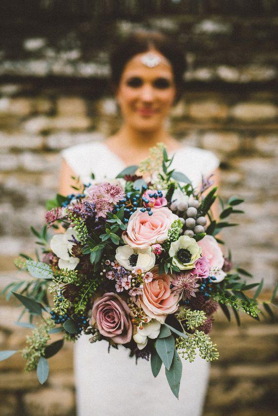 Jesienne bukiety ślubne, Ślub i wesele na jesień, Modny bukiet ślubny na jesień, ślubne trendy na jesień, bukiety ślubne inspiracje, organizacja ślubu i wesela jesienią, jesienny ślub, jesienne wesele