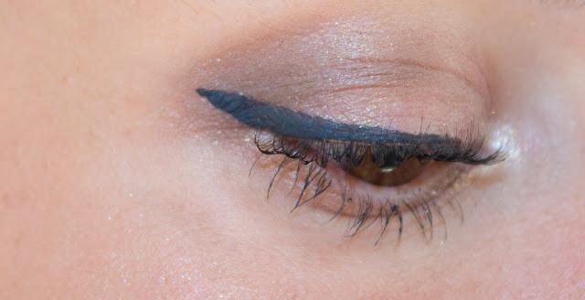 Maquillage façon Pin-Up facile et rapide