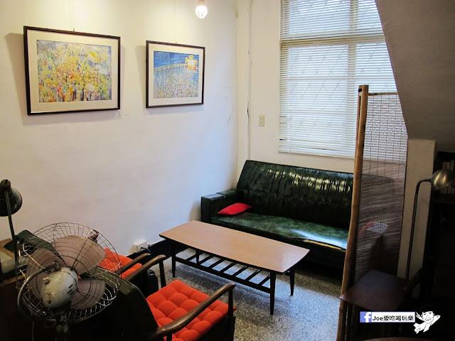 IMG 1088 - 【台中咖啡】隱藏在一般住家裡的老宅咖啡香 | 窩柢 咖啡公寓 | 手沖咖啡 | 手作甜點 | 教師新村 |