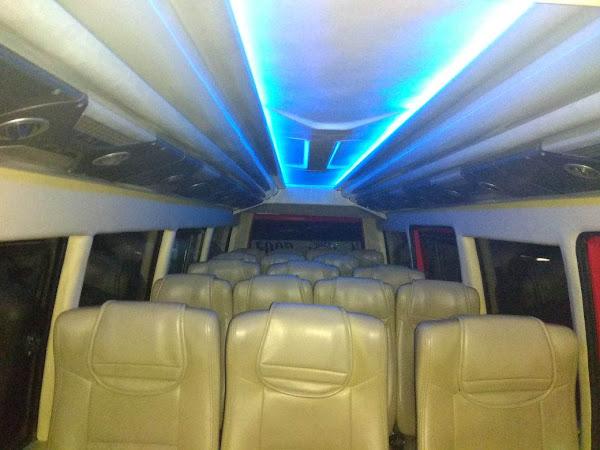 18 Seater Microbus Elf Long. Sewa harian khusus rombongan wisata.