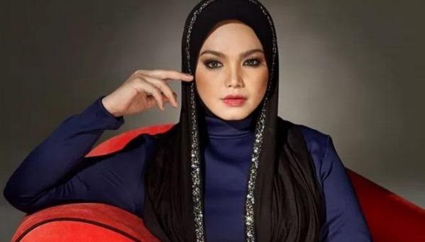 Siti Nurhaliza Jual Baju 'Preloved' Miliknya