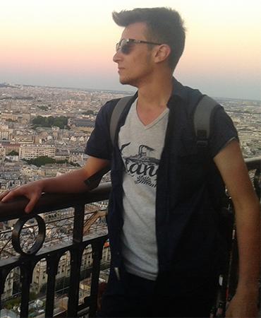 Harun İstenci Fransa / Paris Eyfel kulesi