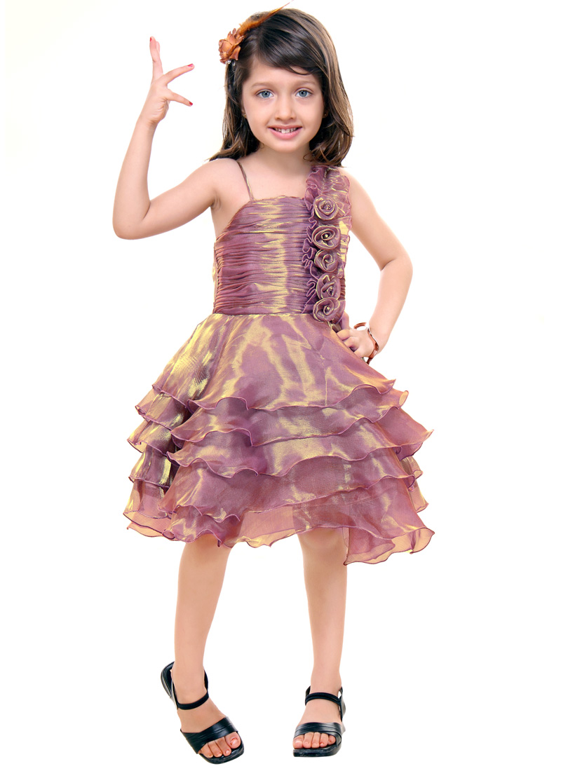 Select from New Collection Girls Clothing for Kids available at needloanbadcredit.cf Shop for latest designs in Girls Clothing for Kids. Avail Free Shipping* & Cash on Delivery.
