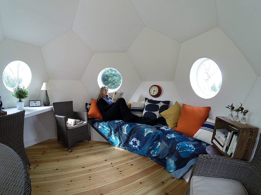 Impressive Living Pod Costs Just $24000, Takes A Day To Install, And Can Become An Actual Home!
