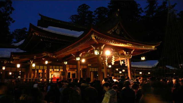 hatsumoude - Tradisi Orang Jepang Menjelang Tahun Baru