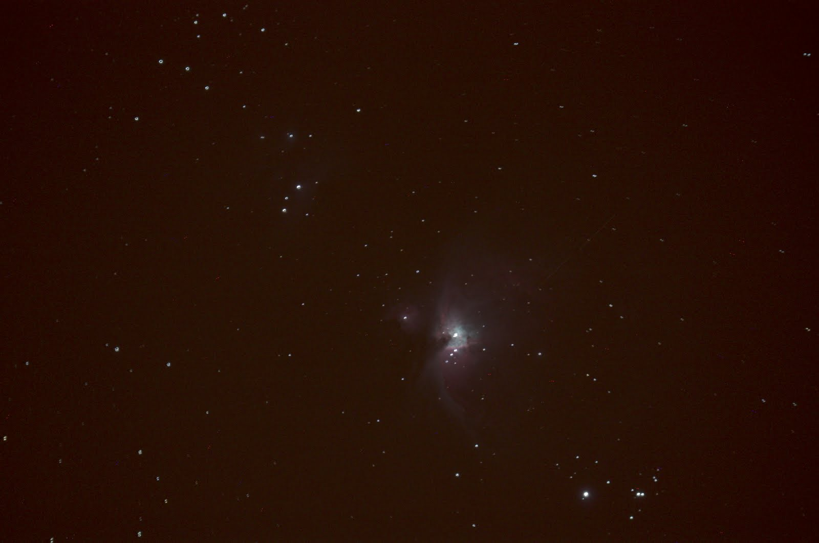Great Nebula in Orion Viewed through Binoculars - Pics ...