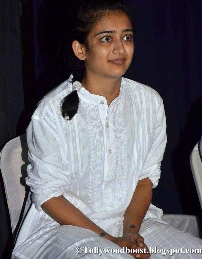Model Akshara Haasan Without Makeup Stills In White Dress