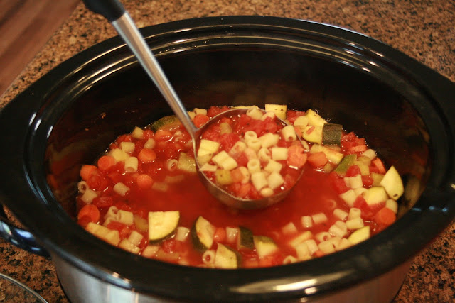 Crock Pot Minestrone Soup--an easy, delicious soup that is perfect for busy days, sick days or any day!