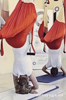 aero-yoga-pilates-cursos-clases-foramcion-cursada-certificacion-diploma-gravity-air-peru-colombia-argentina-venezuela-panama-mexico-chile-flying-formacion-profesional-columpio-swing-instructores-instructorado-buenos-aires-escuelas-ejercicio-salud-fisioterapia-bienestar-wellness-tendencias-prensa-TV-radio-style-