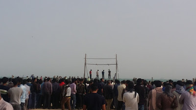 Four young men were hanged in public on the Island of Qeshm, Iran, on Wednesday November 23, 2016. Photo: Iran Human Rights