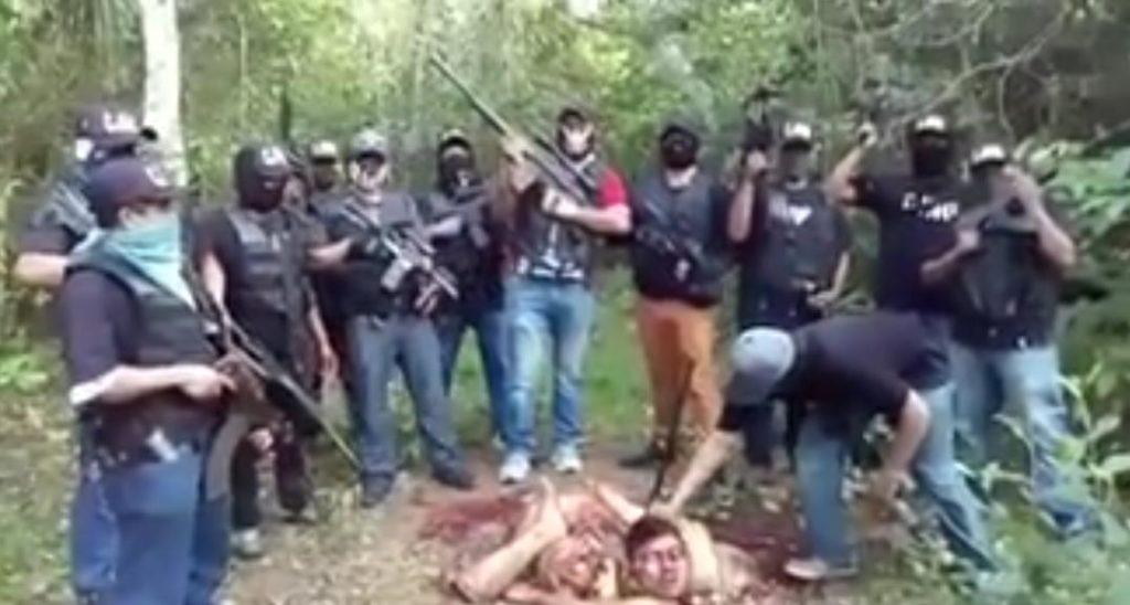 Video: CJNG descuartiza a integrante de 'Los Zetas' que se dedica a la extorsión y secuestro.
