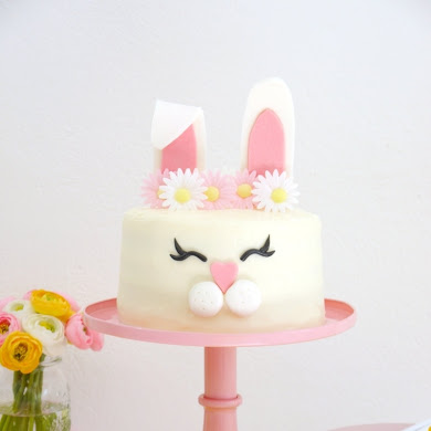 How to Make an Easter Bunny Cake 🐰🥚🌸