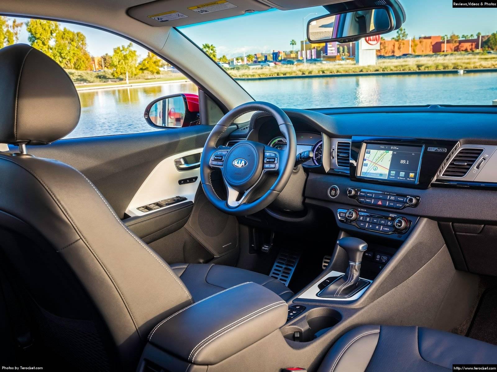Hình ảnh xe ô tô Kia Niro 2017 & nội ngoại thất