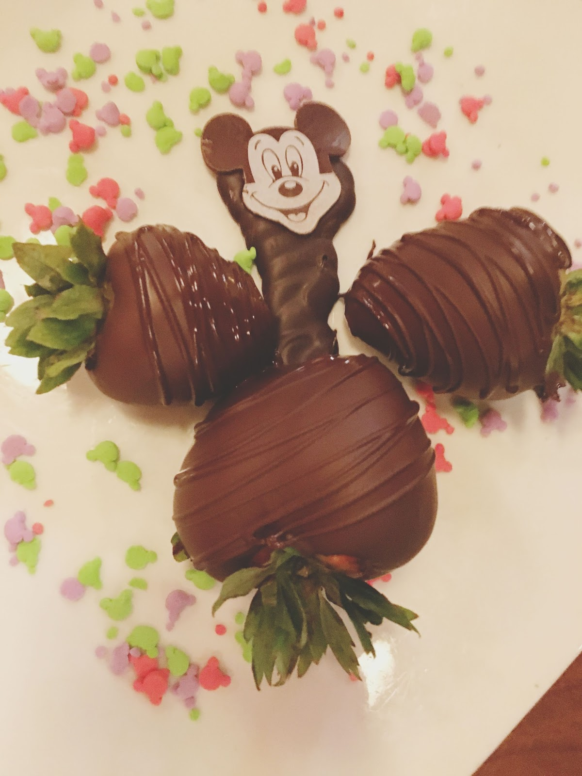 chocolate covered strawberries at Kona Cafe in Disney World, Florida
