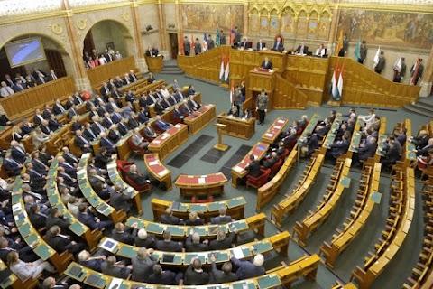 A 2019-es költségvetés tárgyalásába kezd a Ház