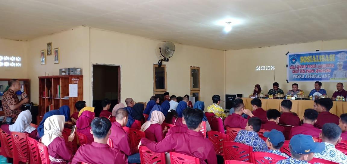Sosialisasikan Peduli Lalulintas, Kasat Lantas Polres Wajo Apresiasi KKL STIA Puangrimaggalatung