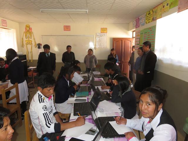 Wissensolympiade am Gymnasium in Esmoraca Bolivien
